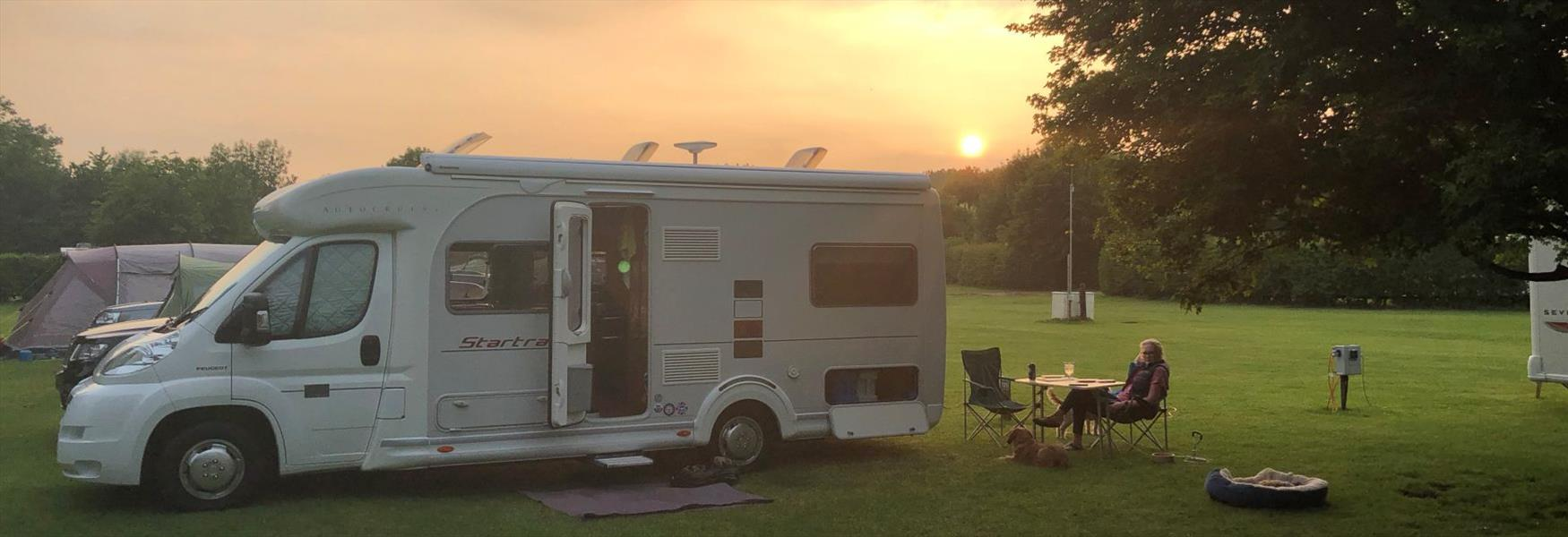 Caravan Touring And Holiday Parks