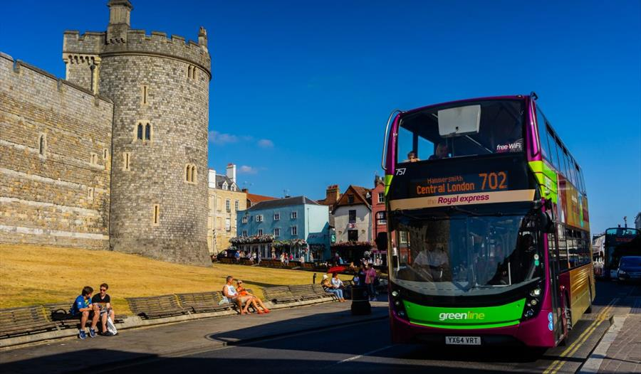 Green Line 702 & 703 - Bus & Coach in Reading, Windsor and