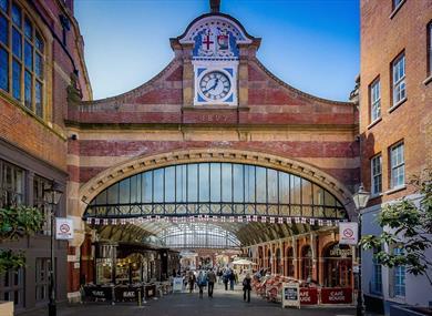 36735610a76 Windsor Royal Station, image courtesy Doug Harding