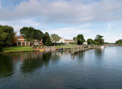 d3560c62a412 The Runnymede on Thames - Egham - Visit Windsor