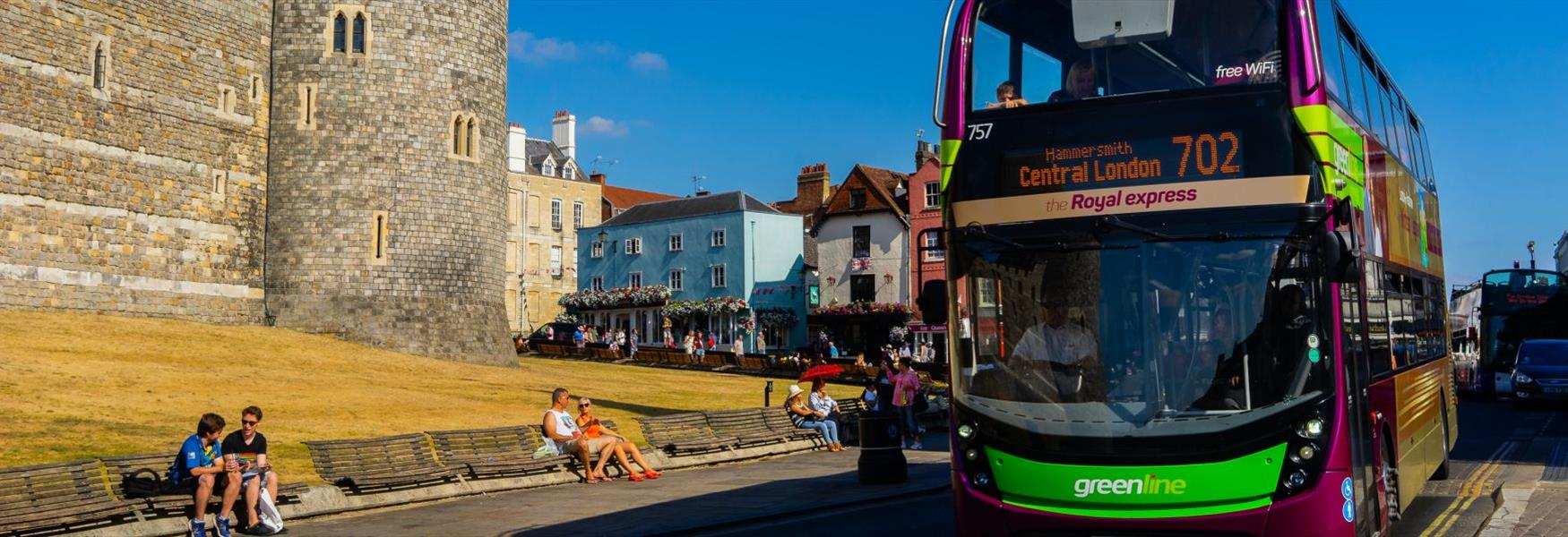 Connect to Windsor from London with Green Line 702 & 703