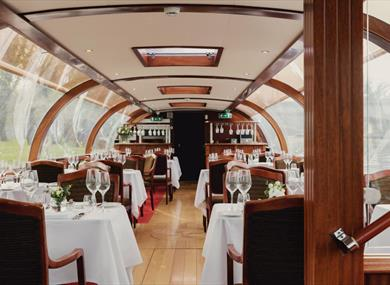 Willow Room by Bateaux London