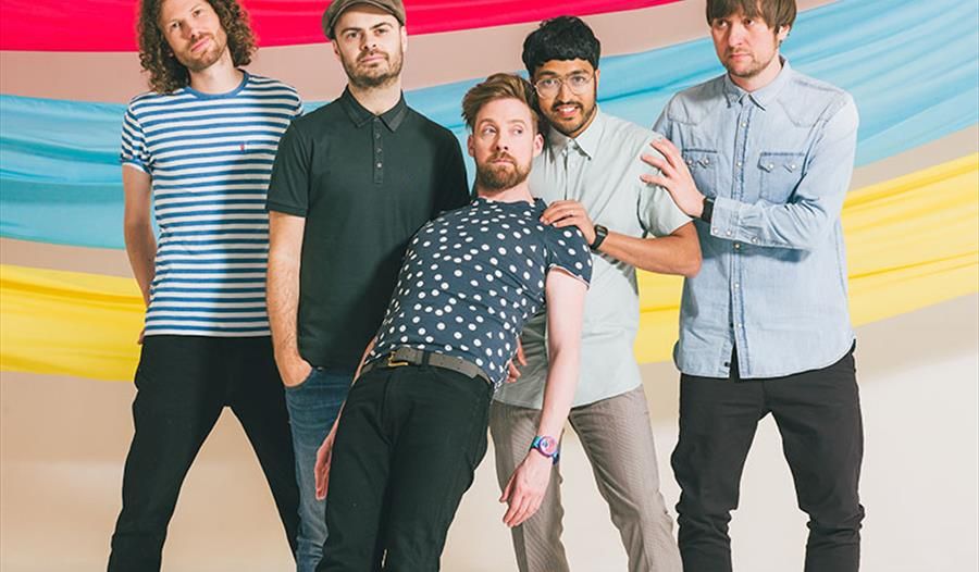 Sun Bets - Kaiser Chiefs LIVE after racing! at Royal Windsor Racecourse