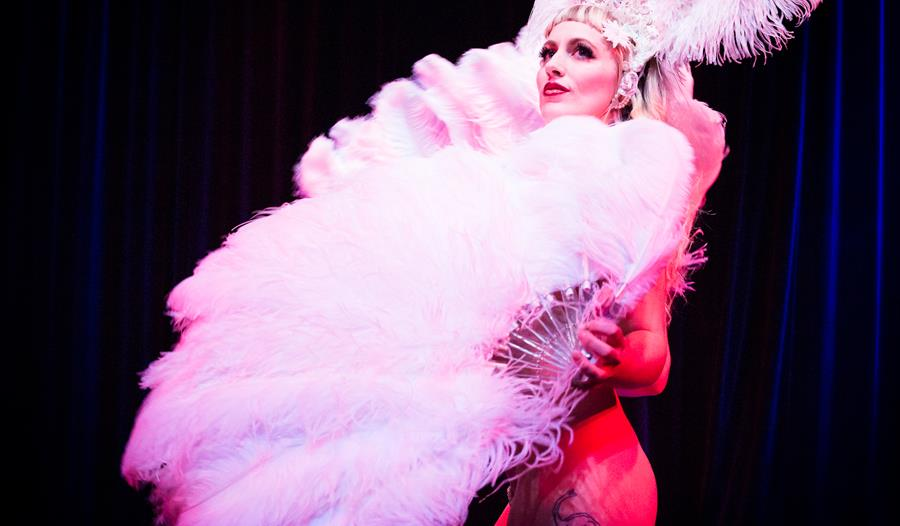 Hundred Watt Club - A Festive Evening of Burlesque