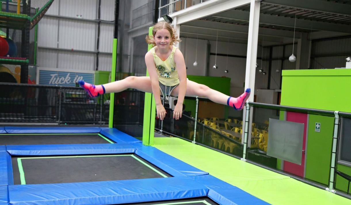 Girl on trampoline, Jump In Trampoline Arena