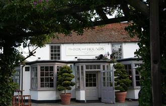 The Fox and Hounds Restaurant & Bar